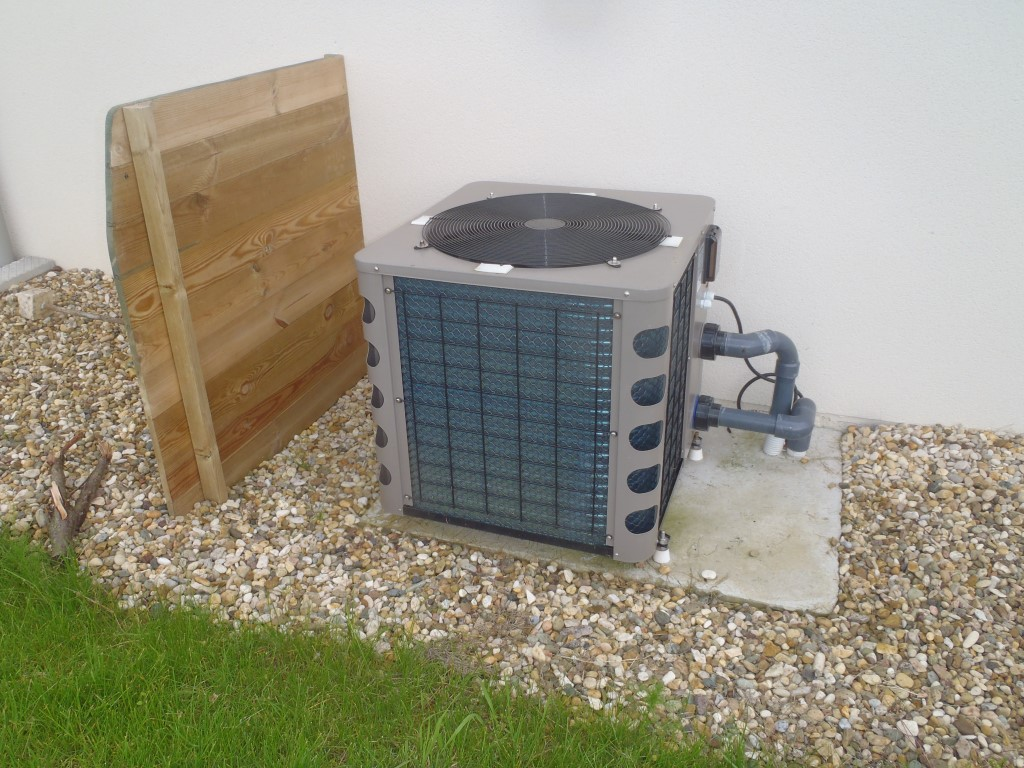 Aménagement extérieur pompe à chaleur COMBIER PAYSAGE 71